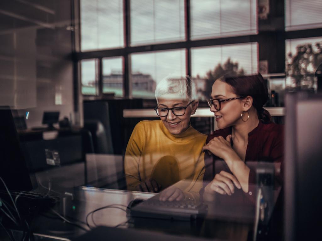women mentoring each other